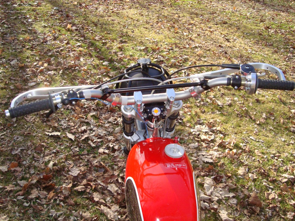 Renthal Bars and Steering stabilizer