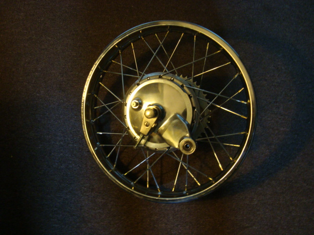 1971 Yamaha DT1MX 250 rear wheel complete